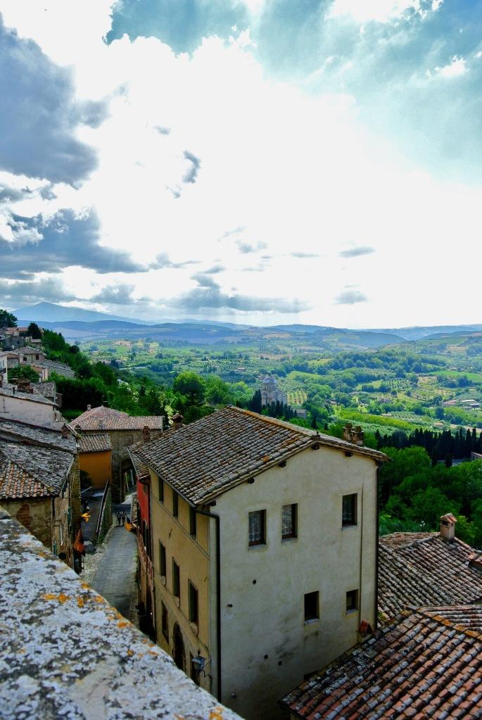 Tuscan countryside vista