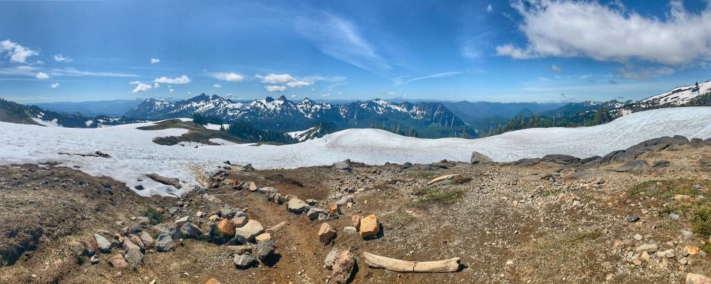 Panorama of the Cascade mountain range